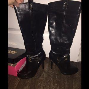 Charlotte Russe size 8 gold heel winter high heel