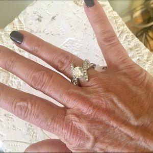 Jewelry - Simulated diamond cross band ring
