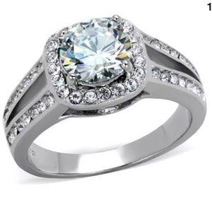 Jewelry - Simulated diamond ring