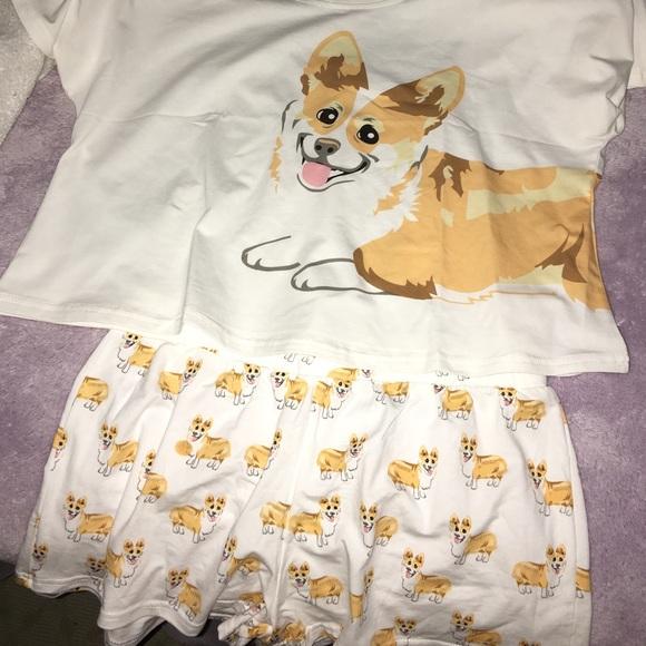 71c485cabe77 Corgi pajamas!!! 😸😻. M 58612f544225be3f40003ae1