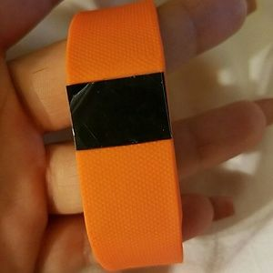 * *BRAND NEW IN BOX ** Fitness activity tracker