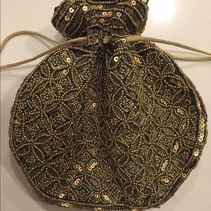Handbags - NWT handmade pouch from India