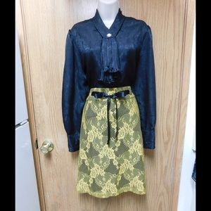 Lapis Dresses & Skirts - Divine Golden Lace Skirt W/Lining & Belt