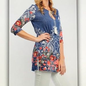 Tops - 🍰Blue floral🍬embroidered print tie blouse