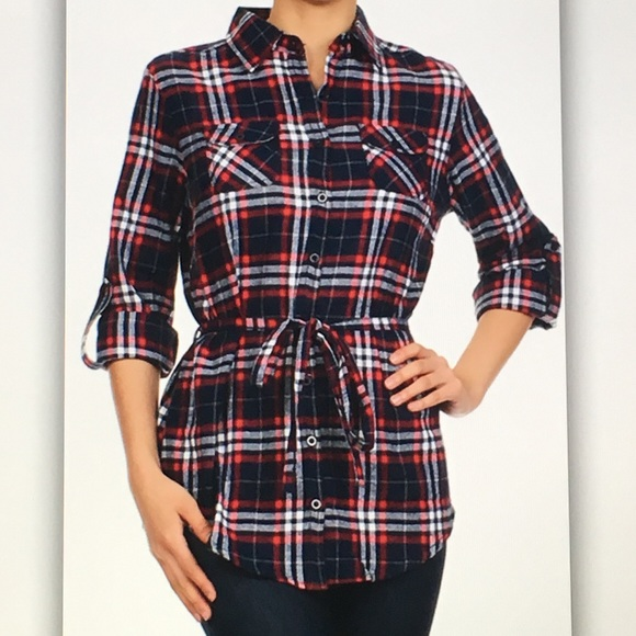 Tops - 🌾Blue/red🌾plaid button blouse