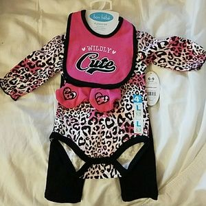 Bon Bebe Other - Wildly CUTE 4 piece set for baby girl