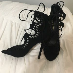 Modern Vice Shoes - MODERN VICE BLACK HEELS