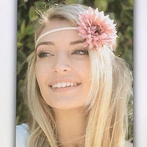 Accessories - 🌺Pink flower🌸braided elastic headband