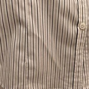 ff39092d East 5th Tops - NWT - east 5th white w/ black stripe button down
