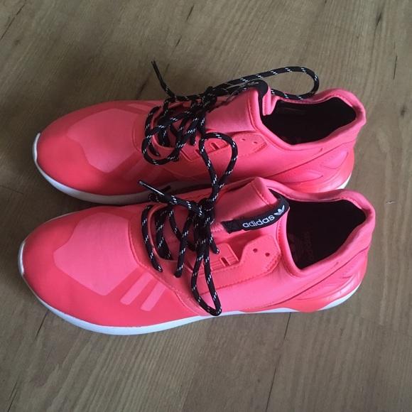 le adidas originali per le scarpe da ginnastica poshmark