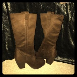 Brown Faux Suede Heeled Boots