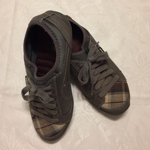 Dr. Scholl's Shoes - Dr Scholl's gray & plaid toe sneakers