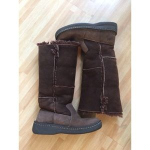 Born Shoes - BORN shearling lined boots SZ 6 brown EUC