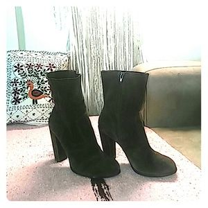 No. 704 b. Shoes - flash sale now Chocolate Brown Suede midi boots