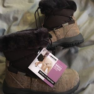 Baffin Shoes - Baffin Mike Cloud Winter boots Size 7/38 brand new