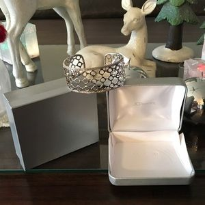 Jewelry - BEAUTIFUL PURE SILVER CUFF-NEW NEVER WORN