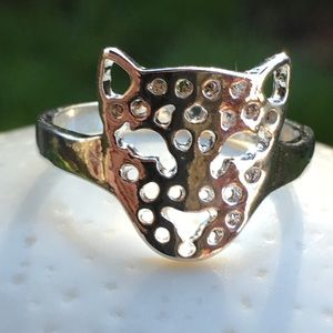 Jewelry - Sterling silver plated big cat ring