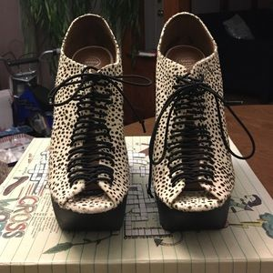 Jeffrey Campbell Shoes - Jeffrey Campbell horse hair printed shoes. Size 8.