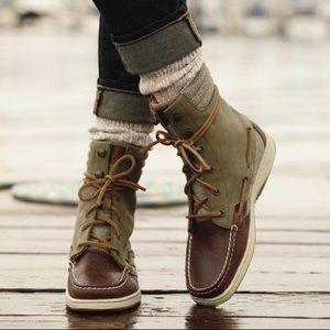 Brand New Sperry Bayfish Laceup Brown