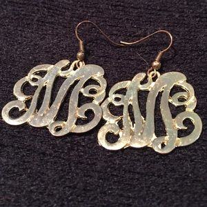 "Jewelry - ""M"" hook earrings in calligraphy"