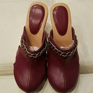 Shoes - Cute Glogs