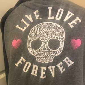 Hard Candy Sweaters - ⚡️SALE⚡️NWOT Live Love Forever Skull Sweater