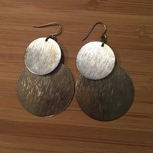 Jewelry - Metal circles dangle earrings