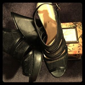 Sbicca Shoes - Real Diva in a Sbicca sandal!