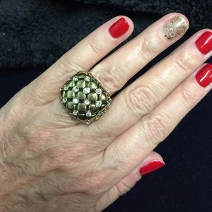 Jewelry - Gold Tone Quilted Crystal Box Ring