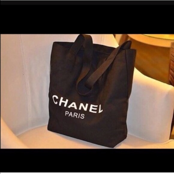 0628b8f2ea75 Bags | Chanel Vip Gift Tote | Poshmark