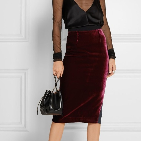 sports shoes official images how to buy Velvet midi pencil skirt