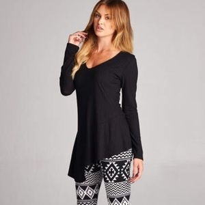 Bchic Tops - M-L Black Ribbed Long Sleeve Top