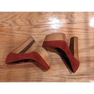 *NEW* Forever 21 Burnt Orange Wood Heel