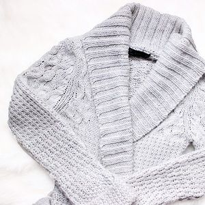 Zara • Grey Cable Knit Cardigan