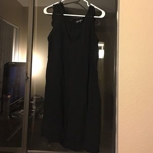 French Connection Sleeveless Black L Dress