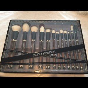 Other - Sonia Kashuk Exotic Brush Set New!!