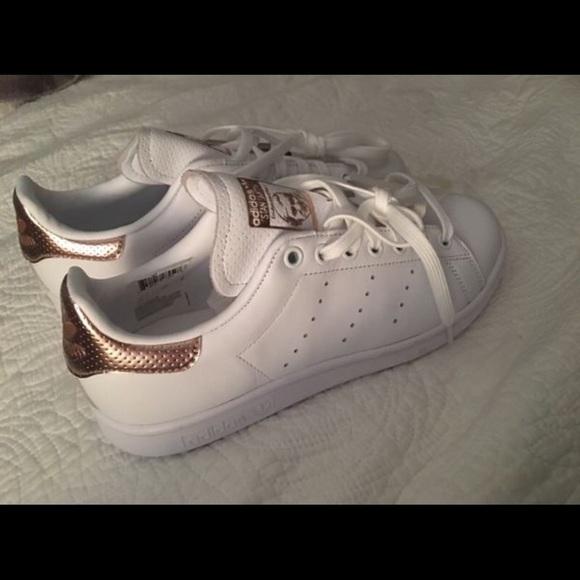 le adidas rose d'oro poshmark stan smith