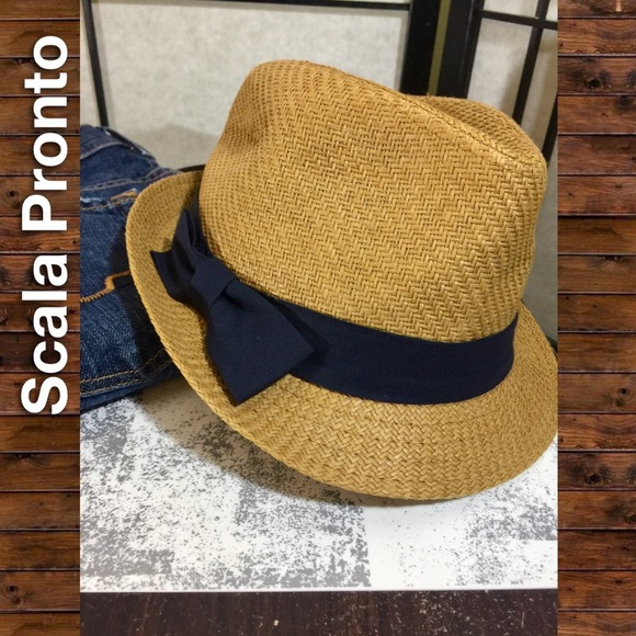 bf26703a19bf5 NWT Fedora with Navy Blue Bow