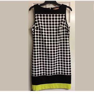 Ellen Tracy Dresses & Skirts - Ellen Tracy Sleeveless Dot Shift Dress Small NWT