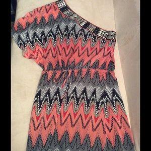 Ark & Co Dresses & Skirts - Beautiful one-sided embellished dress!
