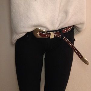 B-Low the Belt Accessories - Brand new b low the belt Barcelona
