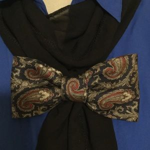 Accessories - Paisley Print Bow Tie