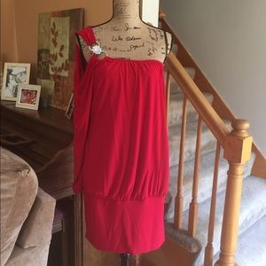 Dresses & Skirts - Single Shoulder / Sleeve Red Dress