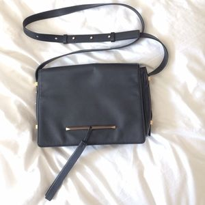 B Brian Atwood Handbags - 💖roomy crossbody