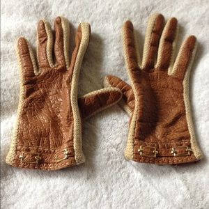 Vintage brown and cream gloves
