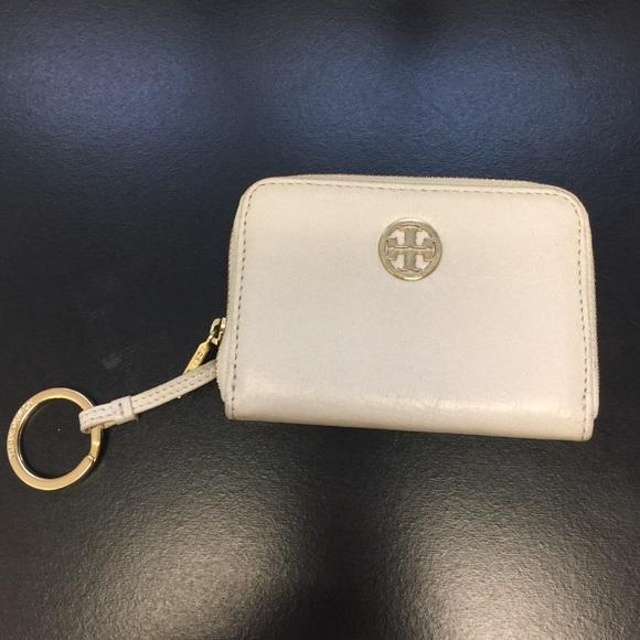 6563352f75c9 Tory Burch Keychain   zipper mini wallet. M 58629d8c6a58303994009190