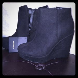 F21 black suede platform wedge booties