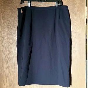 Le Suit Dresses & Skirts - Black Skirt by Le Suit   Size 16