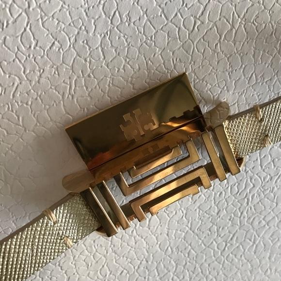 9de84944541 Tory Burch Fitbit Flex Gold Leather Bracelet. M 5862b2974e8d17f6c6187460