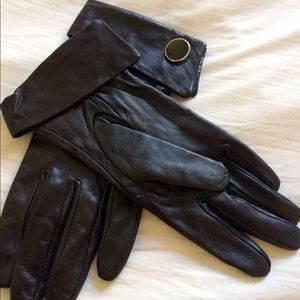 Accessories - Black Leather Gloves NWOT ❤